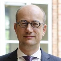Dr. Koert van Bekkum