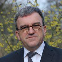 Hans van den Herik deeltijds gastdocent aan de ETF Leuven