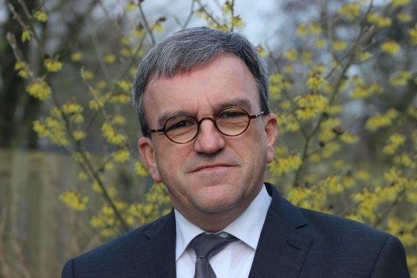 Hans van den Herik part-time guest lecturer at ETF Leuven